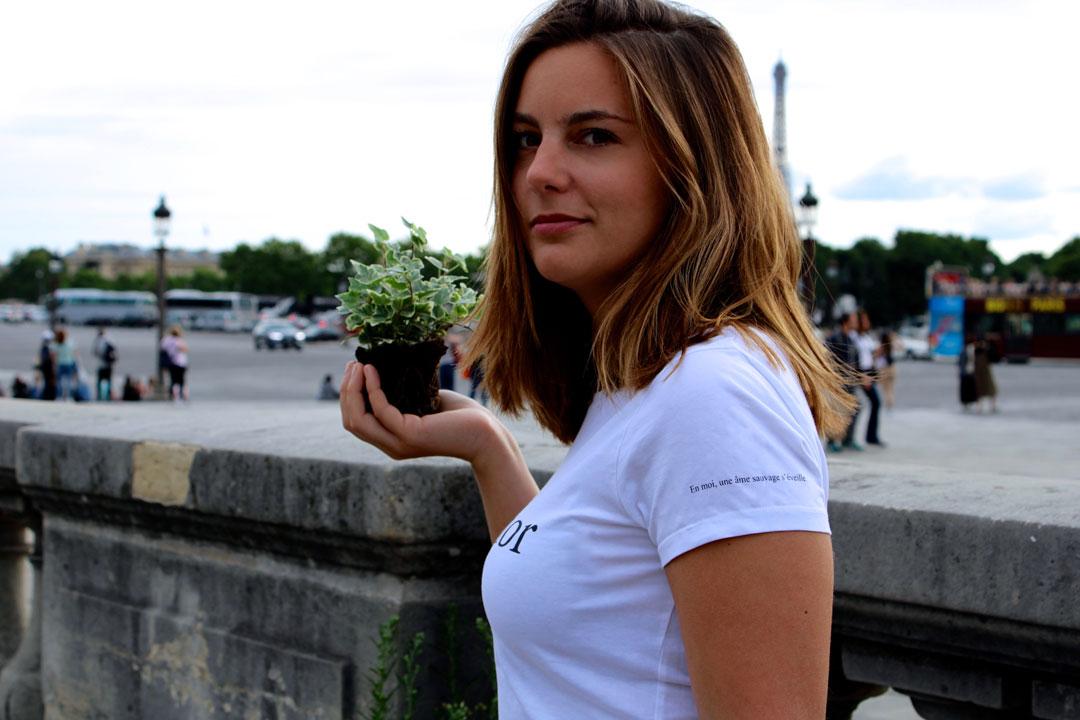 le-t-shirt-Petrichor-par-l-atelier-jour-de-lune-pret-a-porter-femme